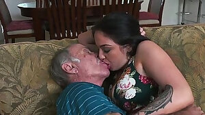 Old and young sex videos, amateur old vs young XXX